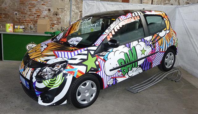 Macht unter der haube car wrapping design folie for Farbige klebefolien